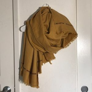 Accessories - 100% Wool Scarf